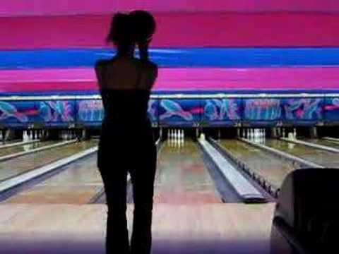 Brandi gets her bowl on, pt 1....