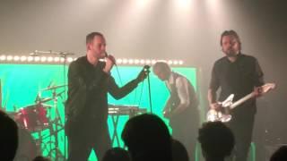 Naar de wuppe - Het zesde metaal (live)