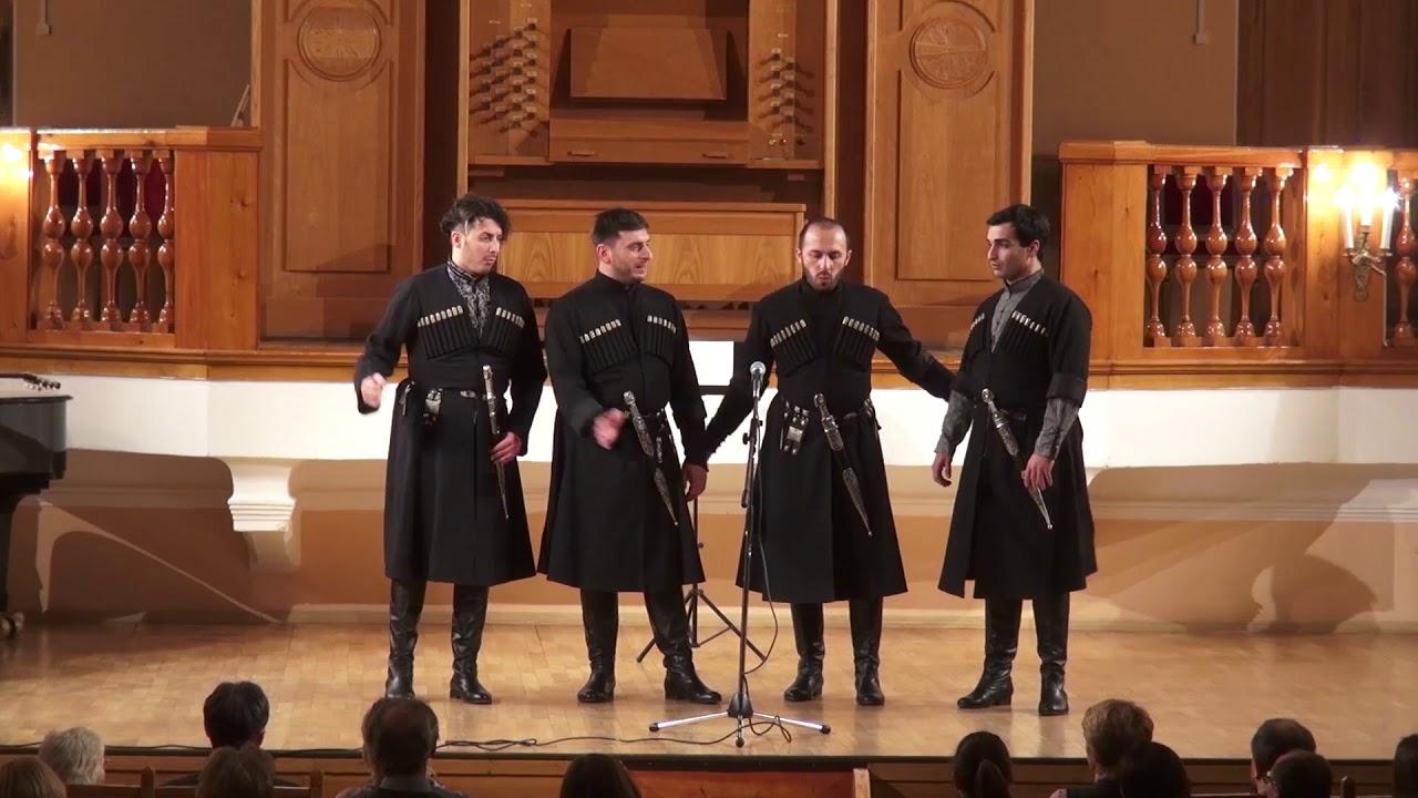 თეატრალურის კვარტეტი  სძინავს ტბას  teatraluris kvarteti  театральный Квартет