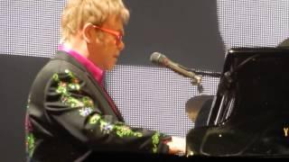 Elton John - Levon, live in Stuttgart 30-11-2014