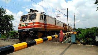 Super fastest Loco Of Indian Railways : Wap5 Leads Utkrisht Intercity Slow Down Due To Track Poblem