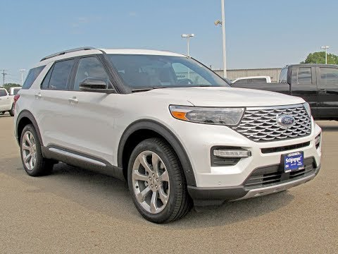 2020 Ford Explorer Platinum 4WD Review + Walk Around + I even sit in it
