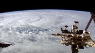 Циклон-чудовище «Дебби» показали из космоса