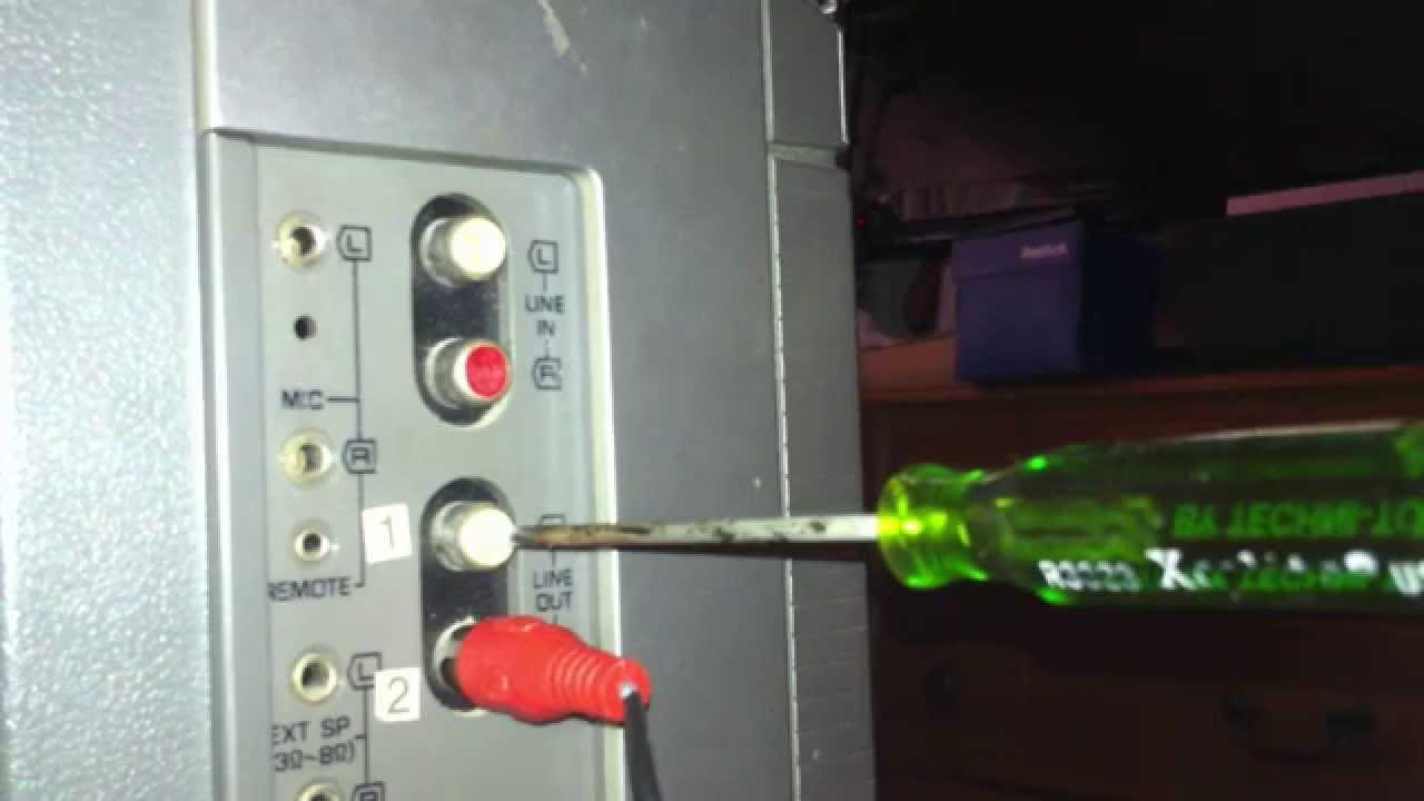 hight resolution of how to remove a rca male input plug lodged in a rca female output youtube