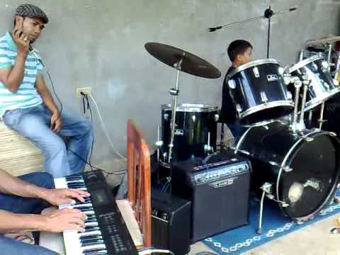 tyrone zamora little drummer boy of taloto,tagbilaran,bohol(LAKLAK)