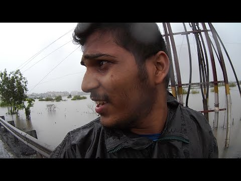 Indian floods | Vasai East floods a short Vlog | Oops camera dropped