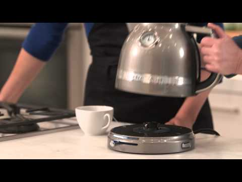 how-to-use-the-kitchenaid-pro-line-kettle-|-williams-sonoma