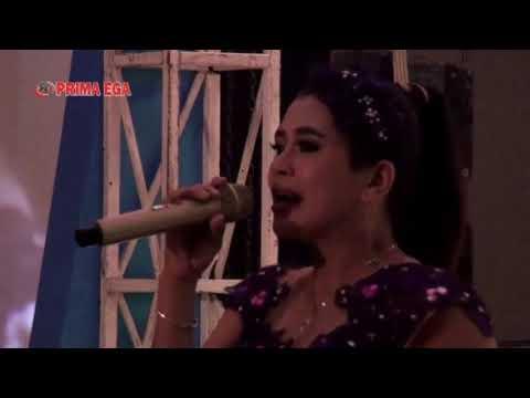 Top Artisnys Pekalongan Mimin Aminah Goyah