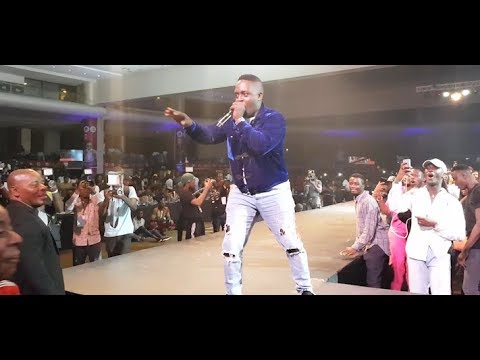Fans Go Crazy As M.I, Chatta Wale And Dammy Krane Performs At The Launch Concert