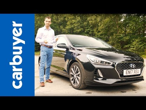 Hyundai i30 hatchback review 2017 James Batchelor Carbuyer
