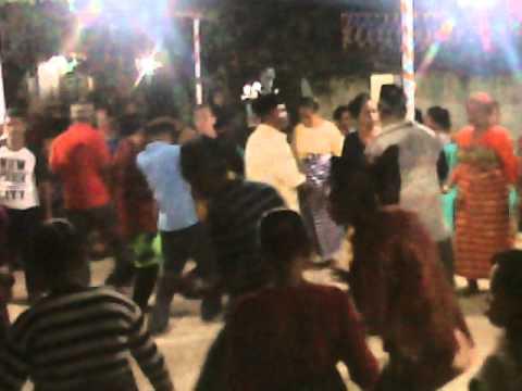 Pesta adat desa lapandewa kaindea(5)