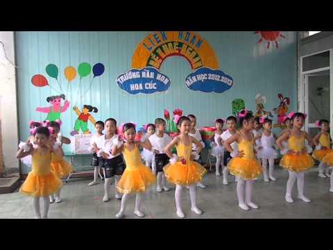 Bé Thuỳ Dương 4 Tuổi Múa Hát Tại Trường Mầm Non Hoa Cúc - Hải Phòng