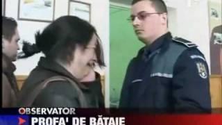 Professora agride policial e leva o troco