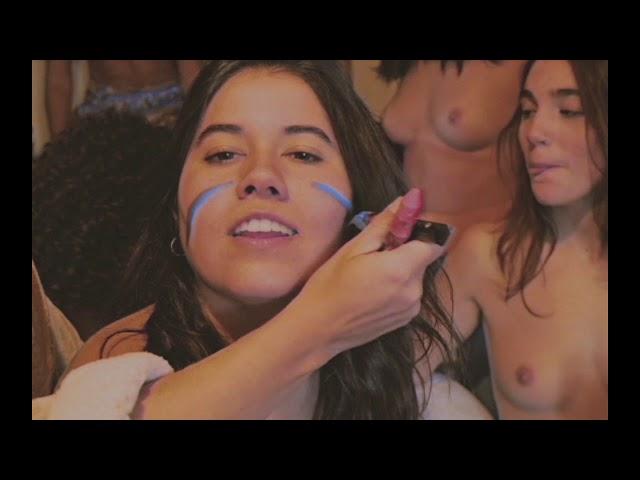 YouTube rectifica y repone el videoclip de la banda española Texxcoco censurado por mostrar pezones de mujer