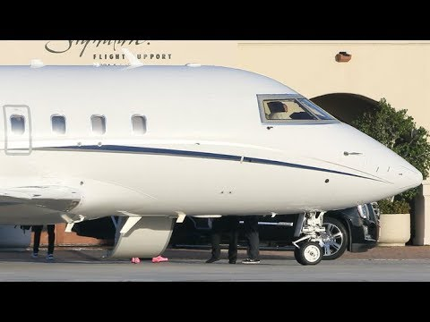 Justin Bieber Arrives Home On Private Jet From Seattle After Time Off From Selena