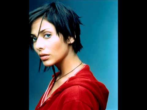 Interview with Natalie Imbruglia  for TEV Radio.Riga