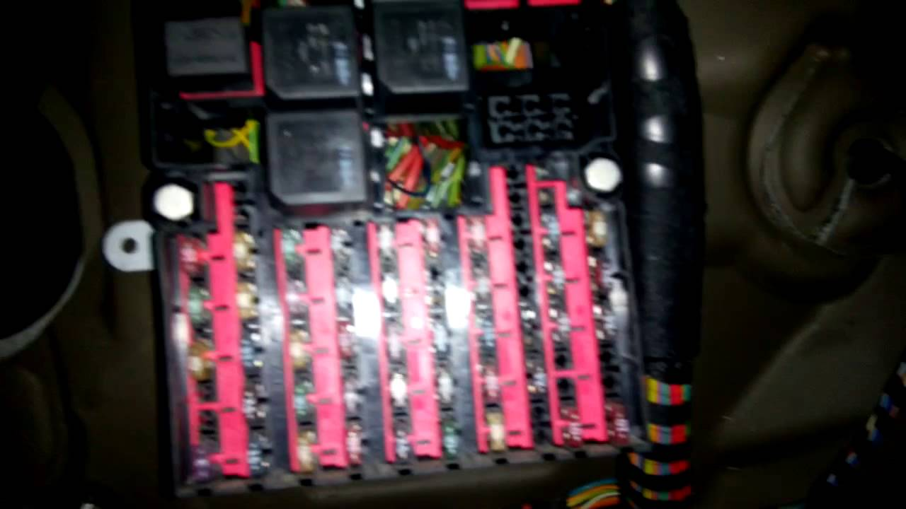 11 Ford Fusion Fuse Box Diagram Ford Fiesta Mk6 Faulty Starter Relay Youtube