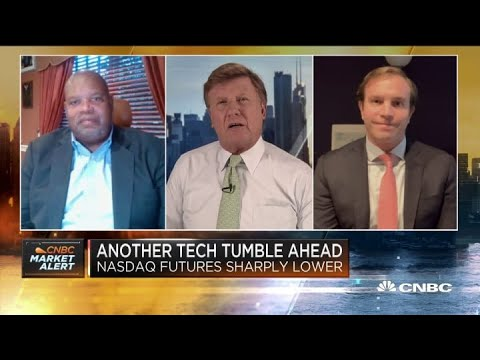 What could be driving tech-fueled sell-off: Two market pros