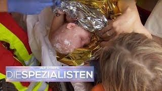 Geburt auf der Autobahn: Baby kommt im Stau zur Welt! | Auf Streife - Die Spezialisten | SAT.1 TV
