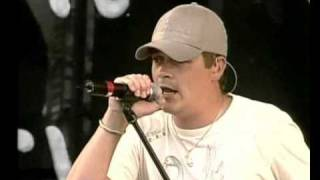 """3 Doors Down: """"Running out of days"""" live at Rock am ring 2004"""