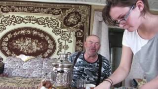 Валит Ильясов поет татарские песни; неприличных слов нет