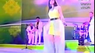 Noziya Karomatullo   Indian song 2014