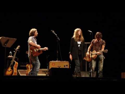 Patti Smith Wing with Eddie Vedder and Johnny Depp