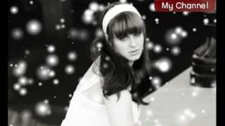 Natalie Brown - Give Love on Christmas Day - Christmas Holiday Music