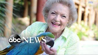 Betty White Turns 95, Says She