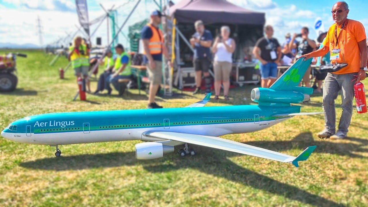 FANTASTIC MD-11 AER LINGUS RC AIRLINER TURBINE MODEL DEMONSTRATION FLIGHT