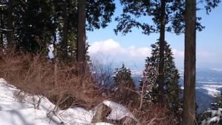 Takaoと雪の鶏鳴山!