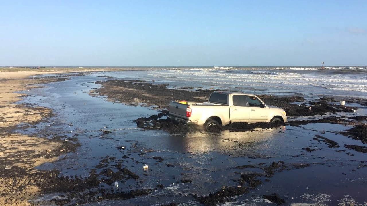 Quot The Beast Saving A 4x4 Toyota Stuck On Matagorda Beach