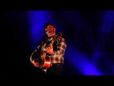 Aaron Lewis Calms Down Fight with Singing Open Arms Outside Live at The Trocadero Phila Feb 2 2017