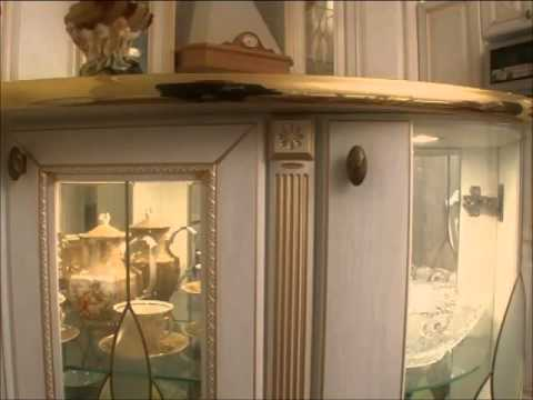 кухня мдф белая с золотой патиной