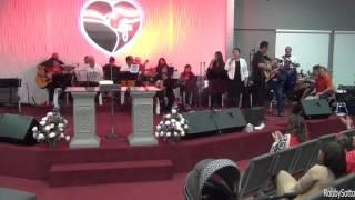 Popurri de música Navideña  ---  Ministerio de Cuerdas Eli C