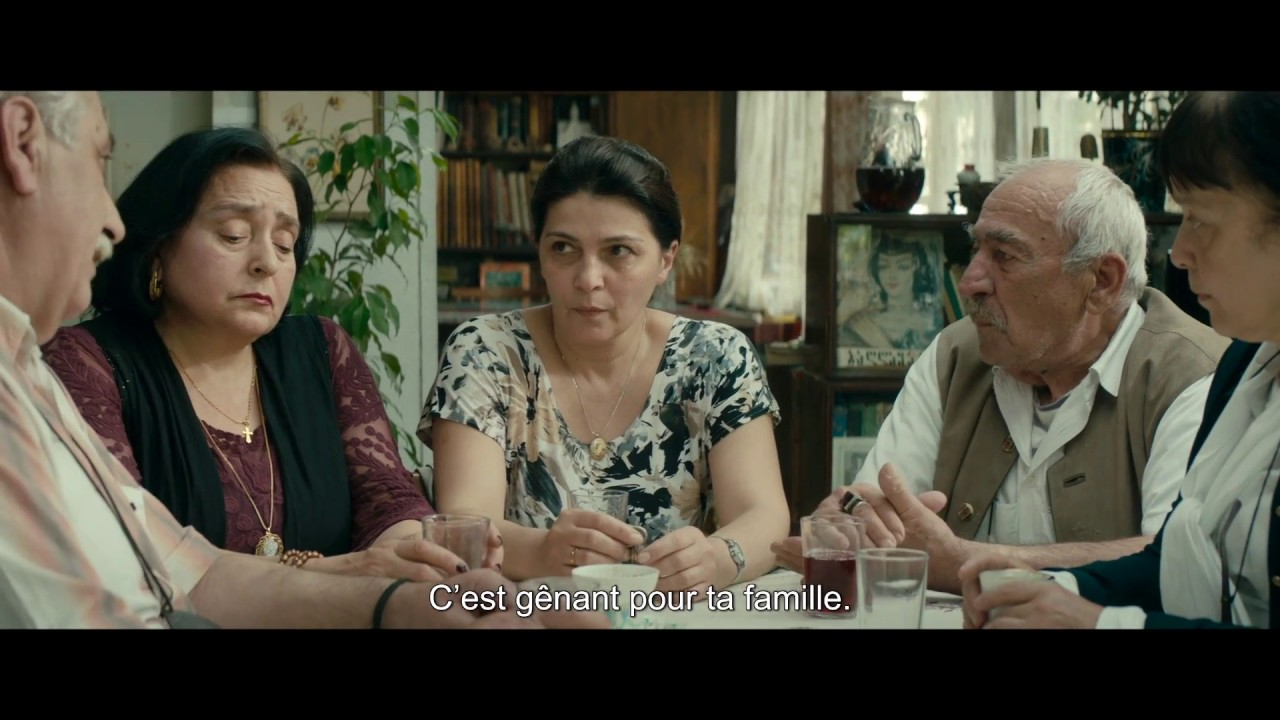 My Happy Family / Une famille heureuse (2017) - Trailer (French Subs)