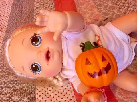 Feeding baby alive go bye-bye crawling doll  pumpkin baby food and apple cider