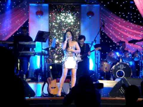Minh Tuyet - Tinh Khong La Mo (NEW SONG 2011) & Happy Birthday (MC Thuy Duong, Van Son, Quang Le)