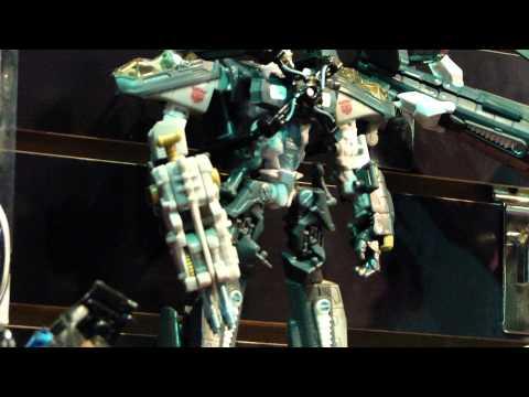 Seibertron.com Toy Fair 2011 Transformers 3 DotM Voyager Class toys