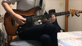 右側に弾いた音がはいってます 原曲にギターが何本か入っていたので好き...
