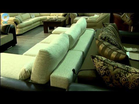 Мягко постелили. Почему в Новосибирске покупатели не могут получить оплаченные диваны?