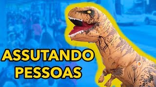 Baixar ASSUSTANDO AS PESSOAS COM FANTASIA DE DINOSSAURO - CAIO RESPONDE #77
