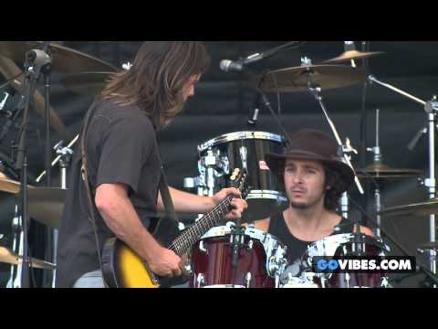 "Lukas Nelson & P.O.T.R. performs "" Ou Es Tu Mon Amour"" at Gathering of the Vibes Music Festival"