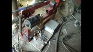 Самодельный полуавтомат(для ручной сварки) _(new).flv(Самодельная сварка полуавтомат для ручной сварки. Для питания двигателя от стеклоочестителя используется..., 2012-03-19T07:34:35.000Z)