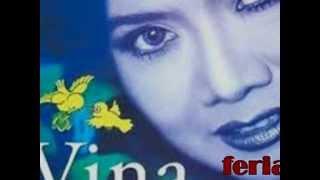Vina Panduwinata ft Broery__suasana saat itu indah_