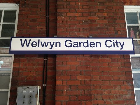 Full Journey on Great Northern (Class 313) from London Moorgate to Welwyn Garden City