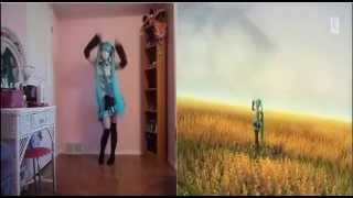 Repeat youtube video Comparacion Baile Vocaloid miku vida real Cosplay