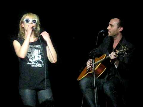 Metric  acoustic in Edmonton   it Out