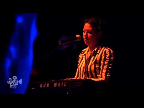 "Amanda Palmer ""The Assistant"" Live (HD, Official) 