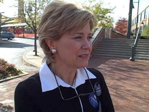 Jane Pauley Stumps for Obama